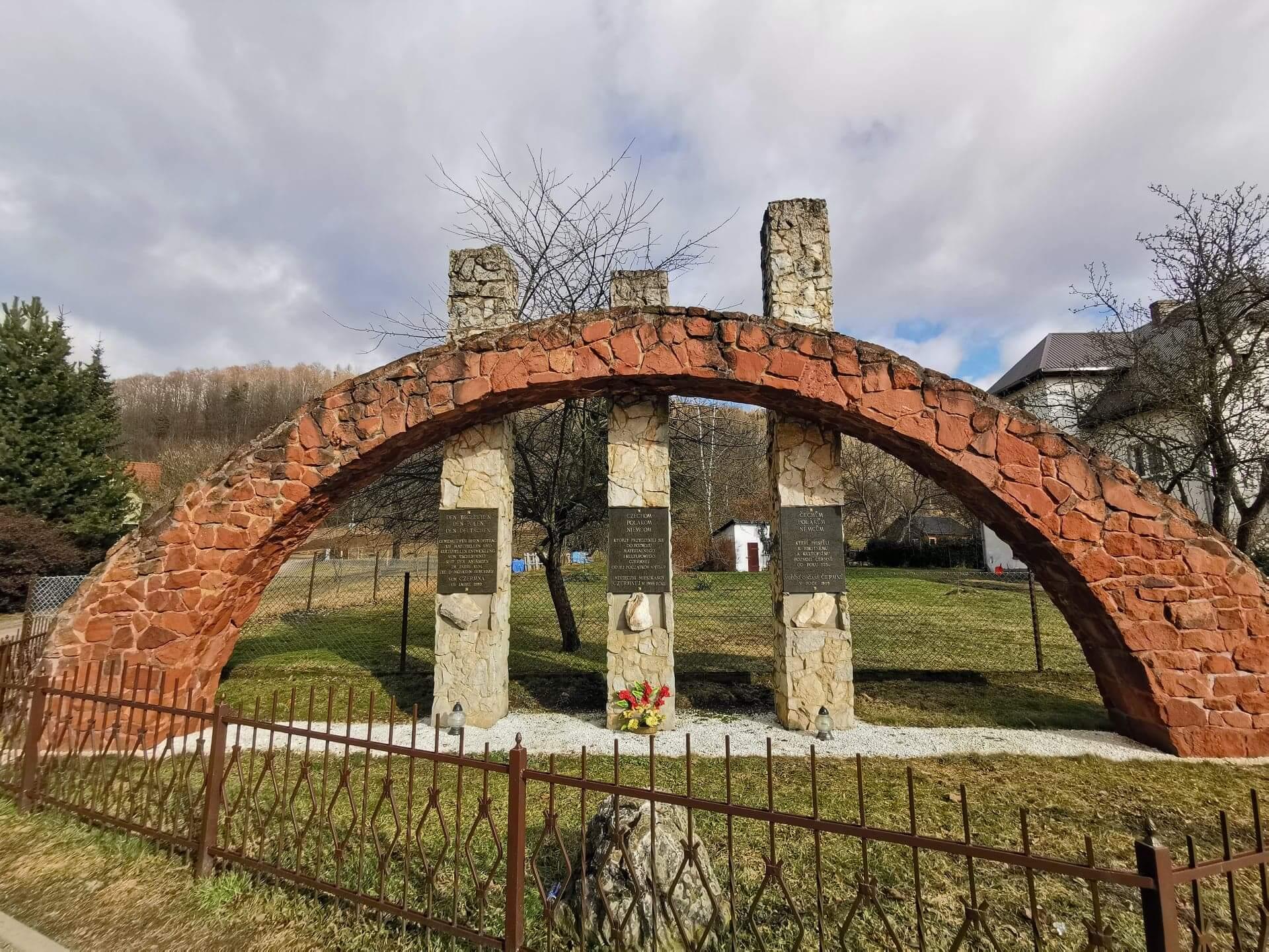 Pomnik Trzech Kultur w Kudowie-Zdroju